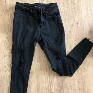Black Ripped Skinny Jeans with Frayed Ends! Size 3
